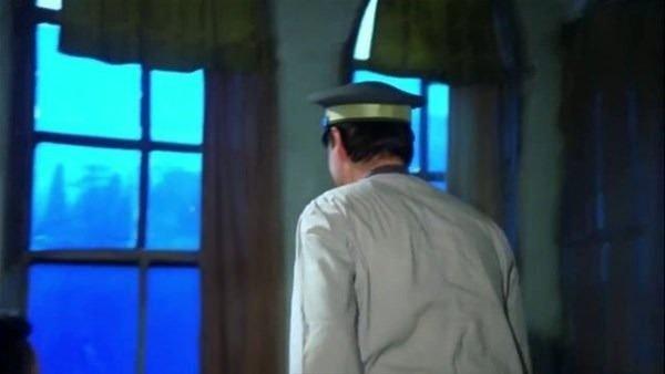 Yeşilçam efsanesi Kemal Sunal'ın filmlerindeki inanılmaz hatalar! Yıllarca görülmedi