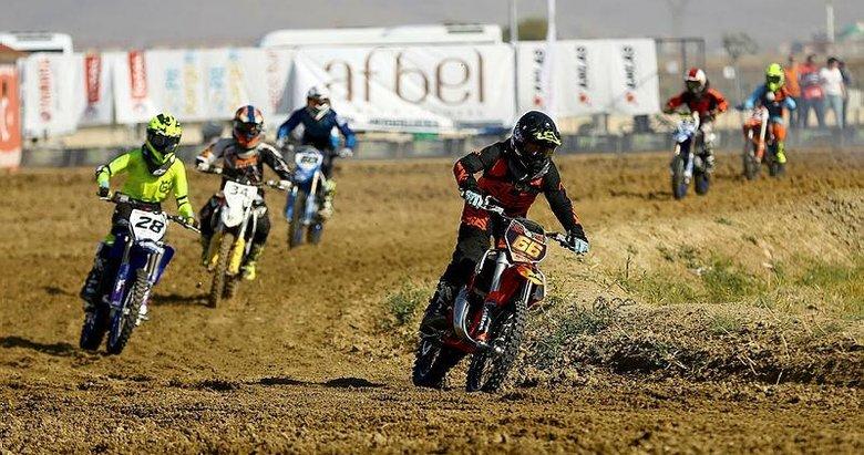 Türkiye Motokros Şampiyonası'nın finali Afyonkarahisar'da başladı