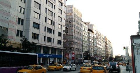 İstanbul Halaskargazi Caddesinde Çok Kıymetli Satılıklar