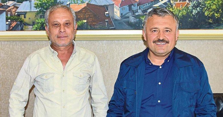 """""""Büyükşehir'e rağmen hizmet ediyoruz"""""""