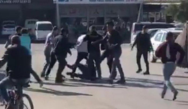 İzmir'de hareketli anlar! Kavgada 1 kişi bıçaklandı