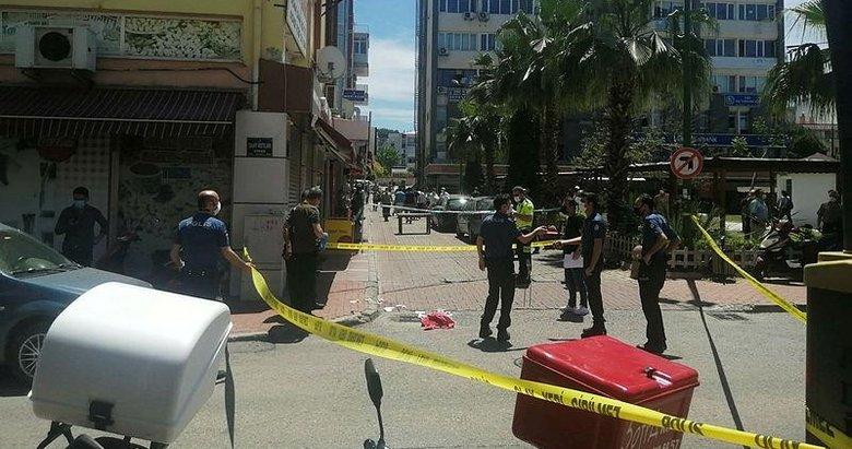 İzmir'de silahıyla dehşet saçtı
