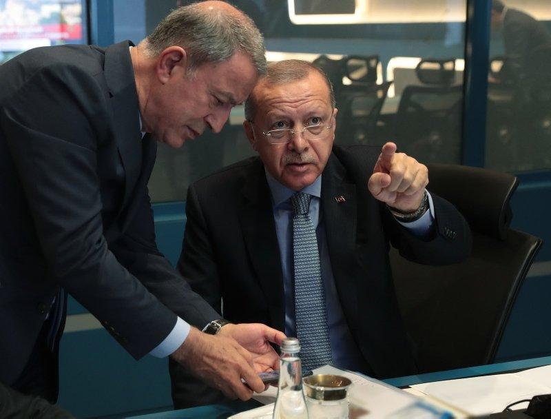 Başkan Erdoğan tarihi operasyonu harekat merkezinden takip etti!