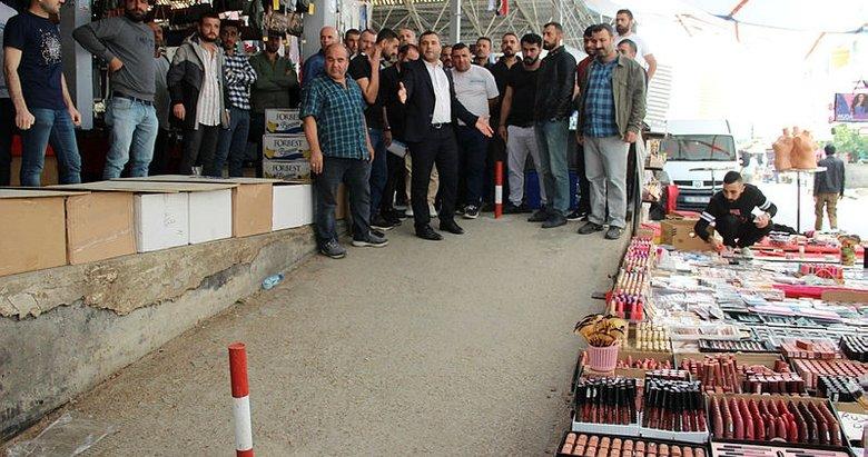 İzmir Gaziemir'de pazaryeri krizi