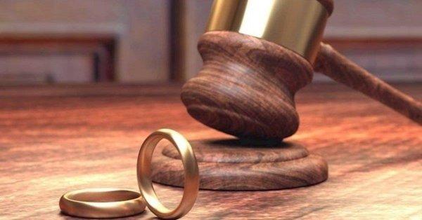 Eşin rızası olmadan estetik yaptırmak boşanma sebebi sayılacak