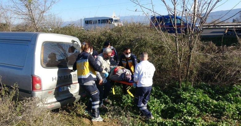 Aydın'da karşı şeride geçen minibüsteki 3 kişi yaralandı