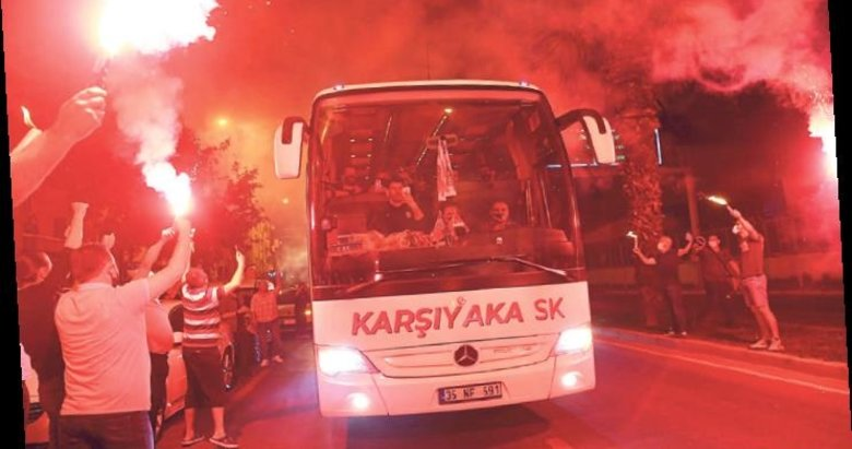 Pınar KSK finali kutladı