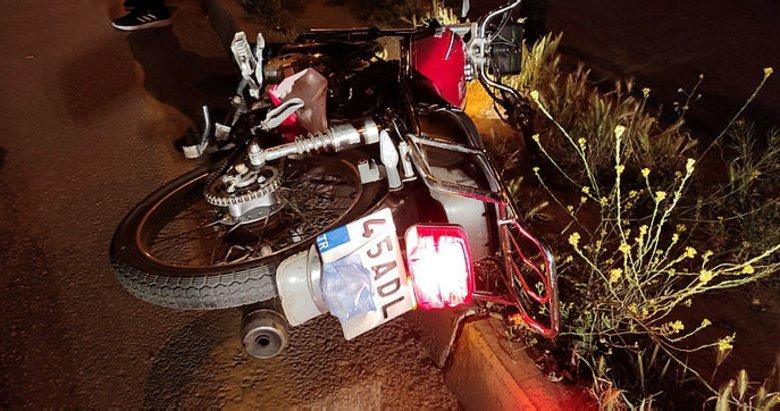 Manisa'da dur ihtarına uymadı, polis aracına çarpınca yakalandı