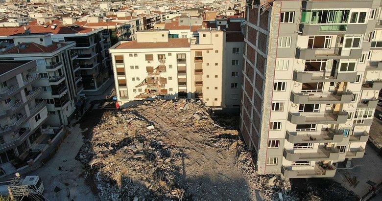 İzmir'deki yıkımda yandaki binanın üzerine çöktü! Soruşturma başlatıldı