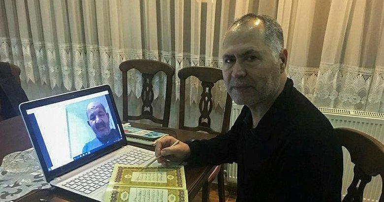 İzmir'de imam, ramazanda canlı yayınlarla cemaatine ulaştı