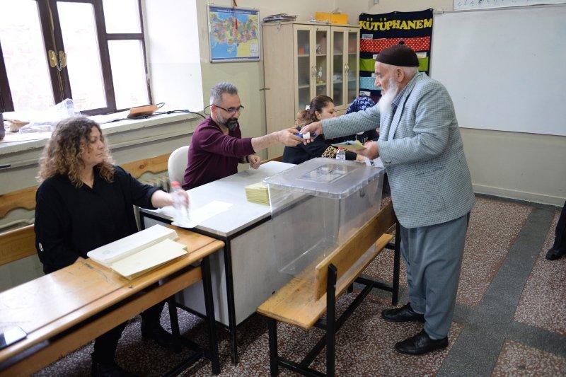Türkiye sandık başında! Oy kullanırken nelere dikkat edilmeli?