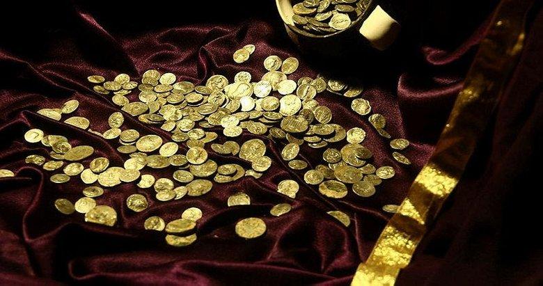 Antik kent kazısında hazine bulundu! 651 tarihi sikke...
