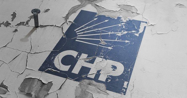 İzmirde CHP Bornova ilçe yönetiminden 10 kişi istifa etti