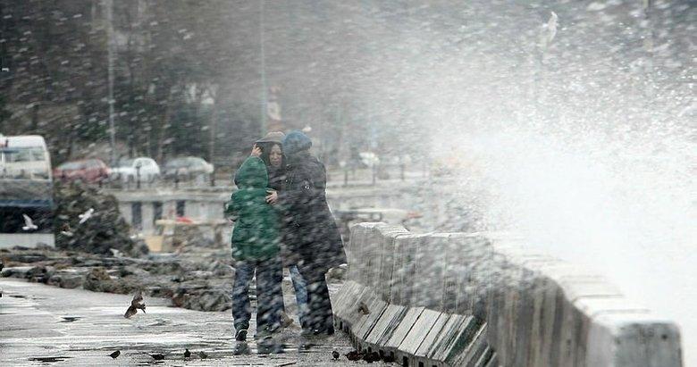 Meteoroloji'den Marmara ve Ege için kuvvetli sağanak uyarısı!