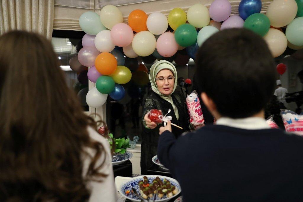 Başkan Erdoğan 23 Nisan Ulusal Egemenlik ve Çocuk Bayramı'nda çocuklarla iftarda buluştu