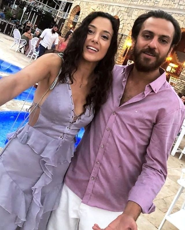 Erkan Kolçak Köstendil ve Cansu Tosun kına gecesi yaptı!