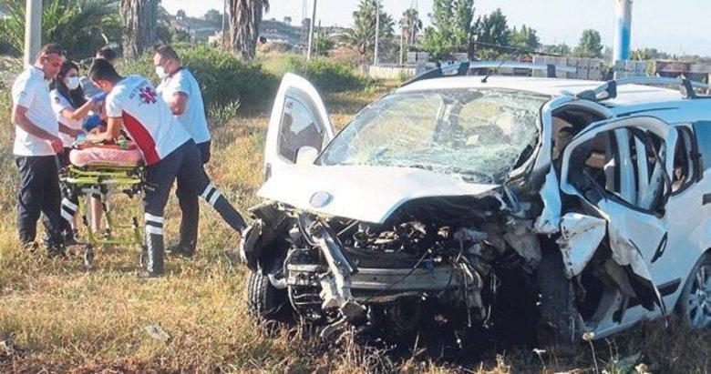 Takla atan otomobilin sürücüsü kurtarılamadı