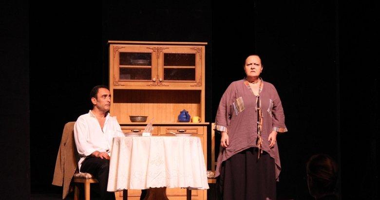 İzmir Devlet Tiyatrosu 1 Ekim'de perde açıyor