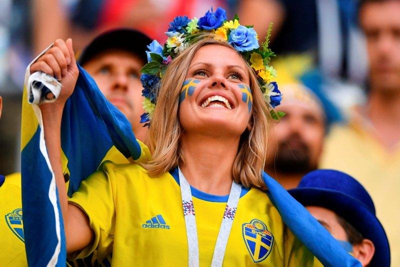 Dünya Kupasında güzeller geçidi