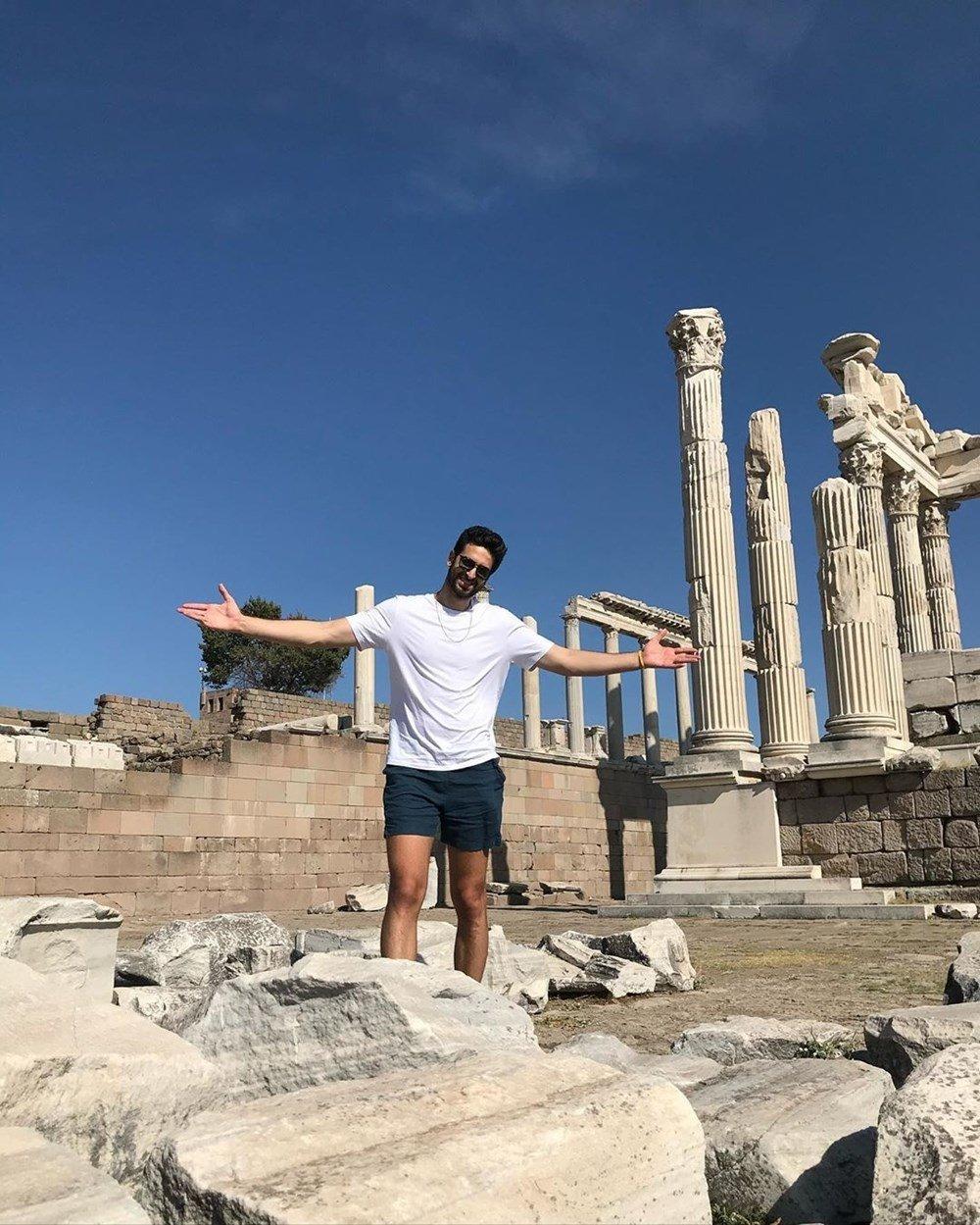 NBA oyuncusu Furkan Korkmaz Aizanoi Antik Kenti'nde