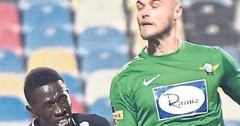 Senegalli Thiam yeni sezonda yok