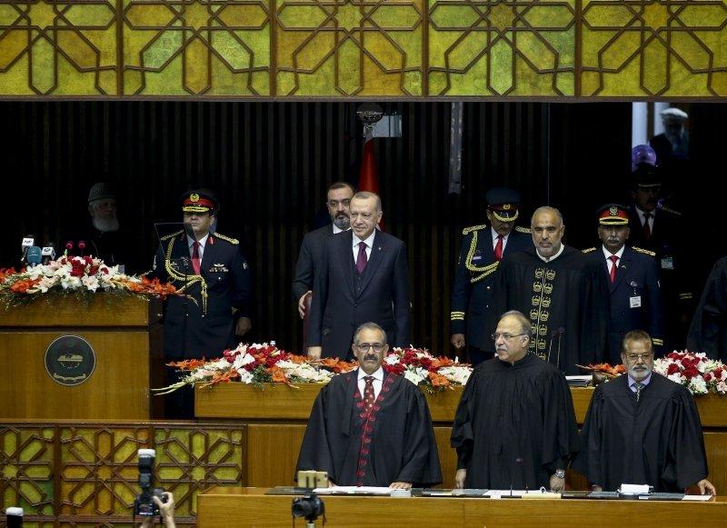 Başkan Erdoğan Pakistan tarihine geçti! İşte o anlar...