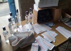 İzmirde sahte içki imalathanesine baskın