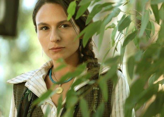 Bir Zamanlar Çukurova dizisinin Saniye'si Selin Yeninci herkesi şaşırttı