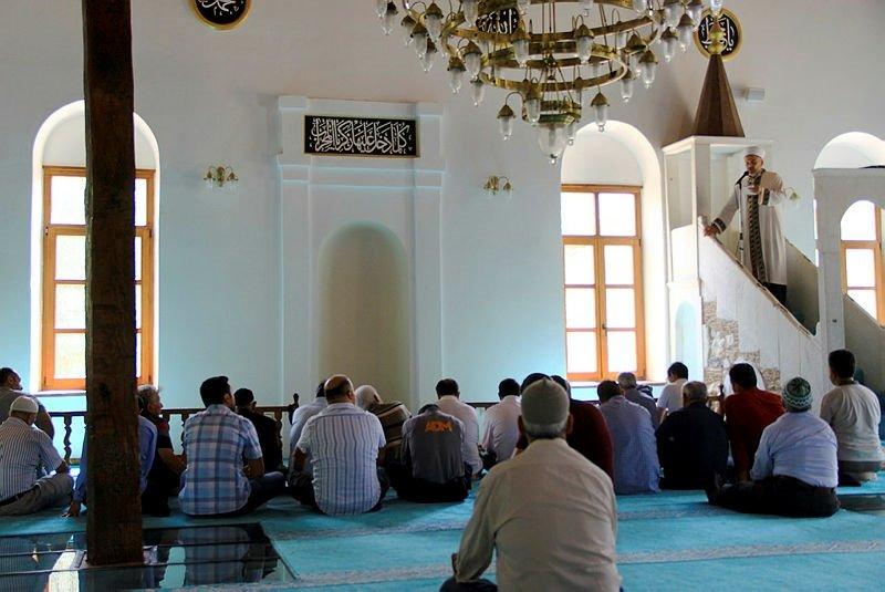 Muğla'daki antik kentte camide yıllar sonra ilk cuma namazı