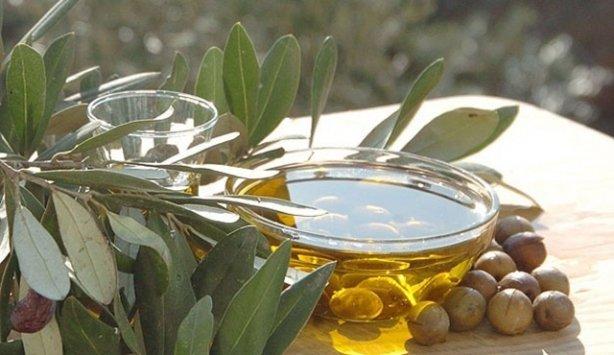Canan Karataydan hastalıklara karşı zeytin ve zeytinyağı tavsiyesi