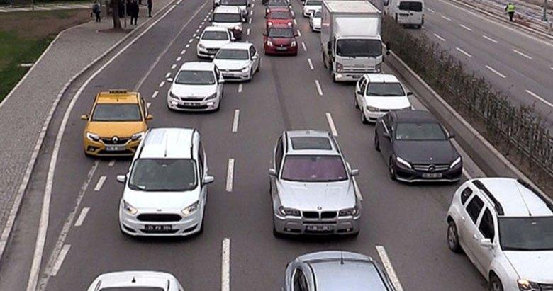Sürücülere, mevzuata aykırı plaka uyarısı