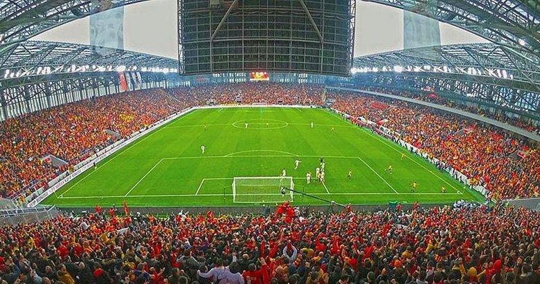 Göztepe yeni stadına doyamadı