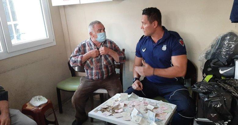 İzmir'de yakalanan dilencinin bir günlük kazancı hayret ettirdi