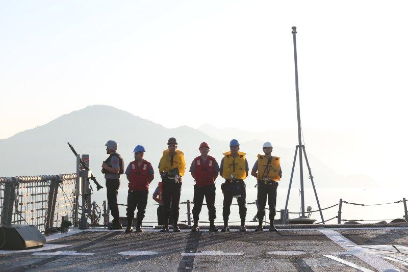 Türk donanmasından 3 denizde düşmana korku salan tatbikat...