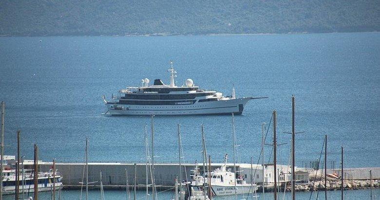 Yunanistan kabul etmedi, Bodrum açıklarına demir attı