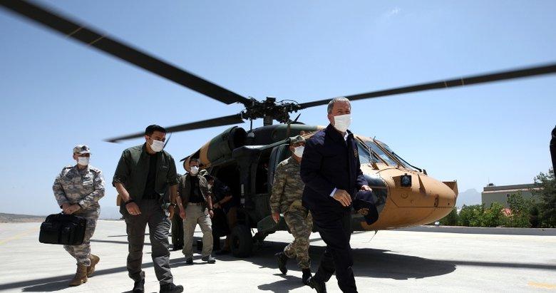 Son dakika: Milli Savunma Bakanı Hulusi Akar: 700'den fazla hedef vuruldu!