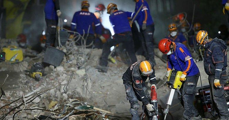 İzmir depreminde 7 kişinin hayatını kaybettiği Rıza Bey Apartmanı'nın ruhsatı 27 senelik!