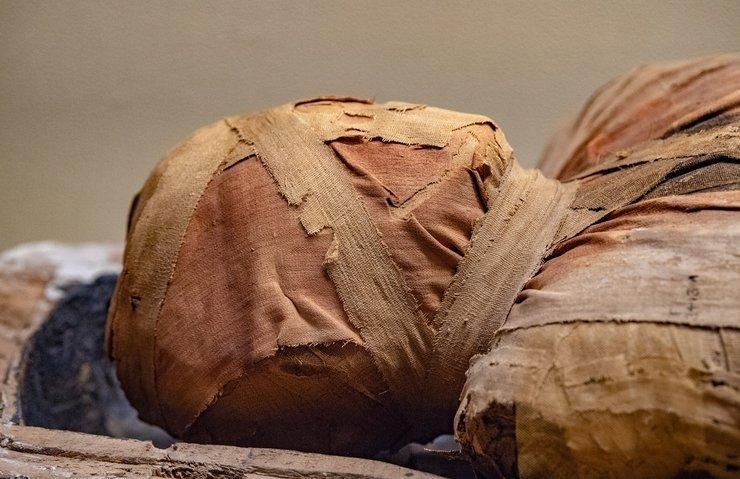 3 bin yıllık mumya bilim insanları tarafından konuşturuldu!