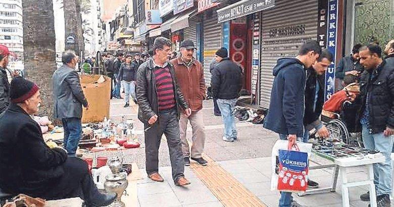 İzmir esnafının seyyar isyanı