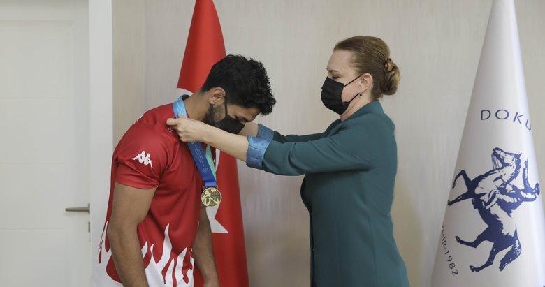 İranlı rakibi dopingli çıkınca milli sporcu Wushu Dünya Şampiyonu oldu