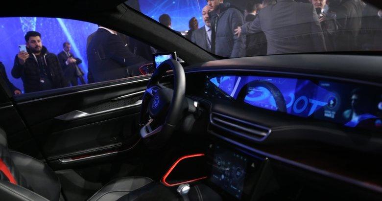 Milli Eğitim Bakanı Ziya Selçuk'tan yerli otomobil açıklaması