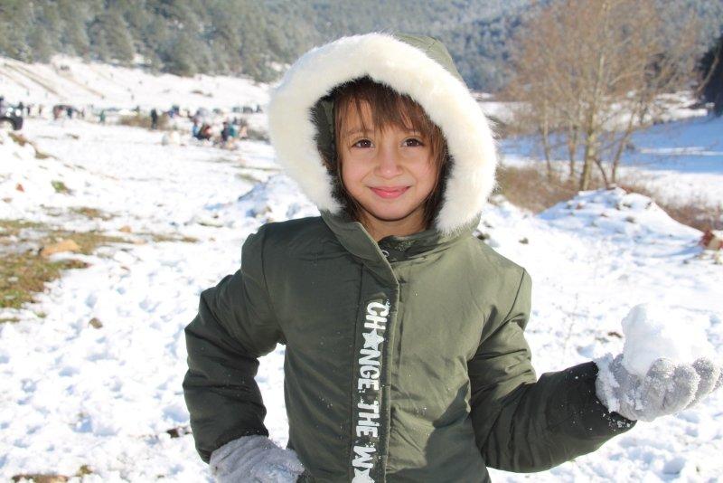 Ege'nin Uludağ'ı Kertil'de kar keyfi