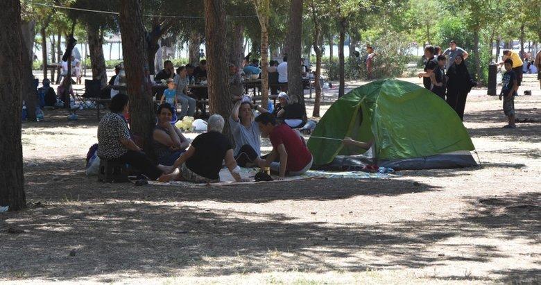 Kısıtlamasız ilk pazar! İzmir'de piknik yerleri canlandı
