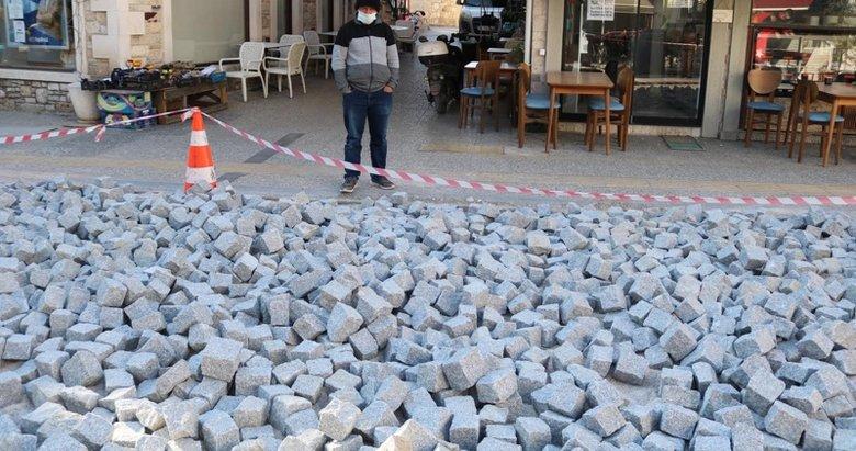 Foça'da kara taşların sökülmesini Koruma Kurulu durdurdu
