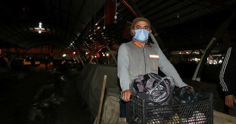 Temizlik işçisinden 'insanlık ölmemiş' dedirten davranış
