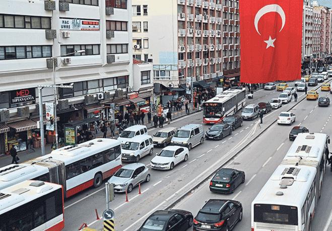 İzmirin otopark sorunu çıldırtıyor