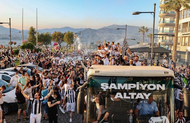 Altay'ın şampiyonluk coşkusu İzmir'i sardı