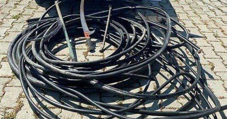 Simav'da kablo hırsızlarına suçüstü