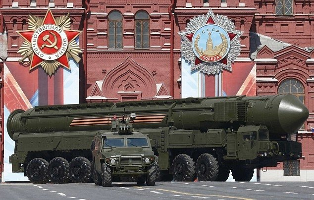 İşte Rusya'nın yeni nesil savaş makineleri...