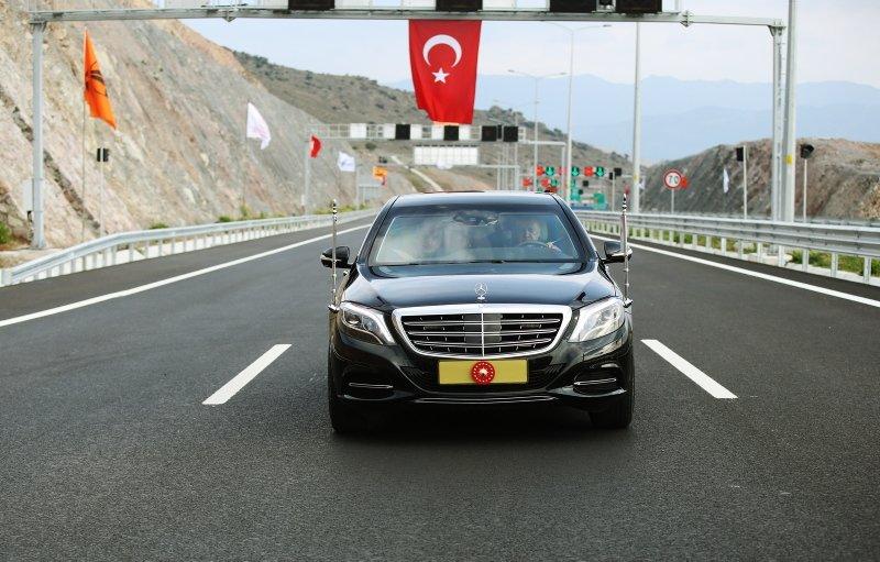 Menemen-Aliağa-Çandarlı Otoyolu'nda ilk sürüşü Erdoğan yaptı